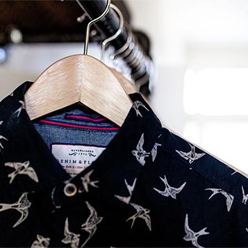 creazione sito web per lavanderie camicia con rondini Italy wm